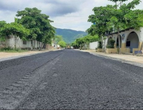 Continúa Ayuntamiento con mejoras de calles en la localidad de Augusto Gómez Villanueva.